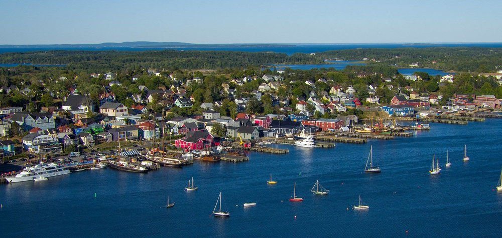 Lunenburg Harbour Sept 2016[2860].jpg