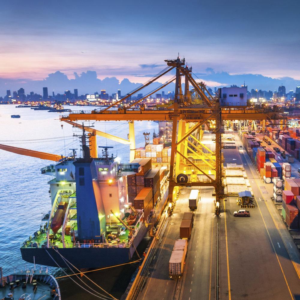 Sea Freight -iStock_000042822828_Medium.jpg