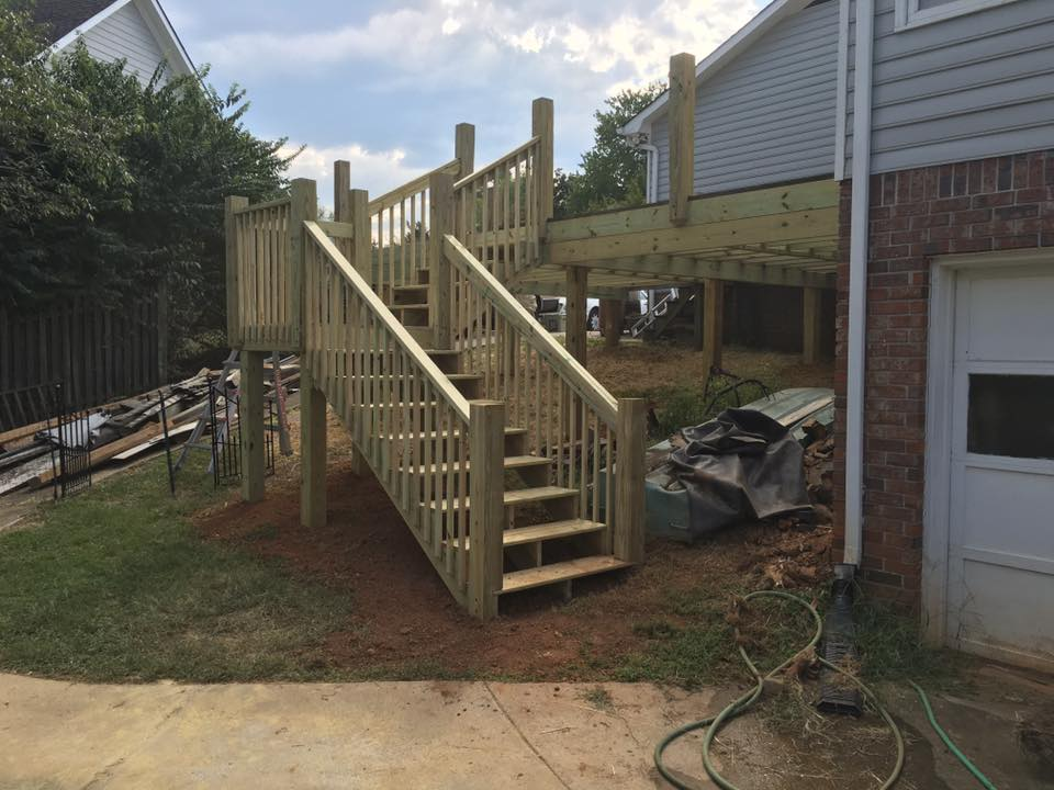 deck stairs with turn