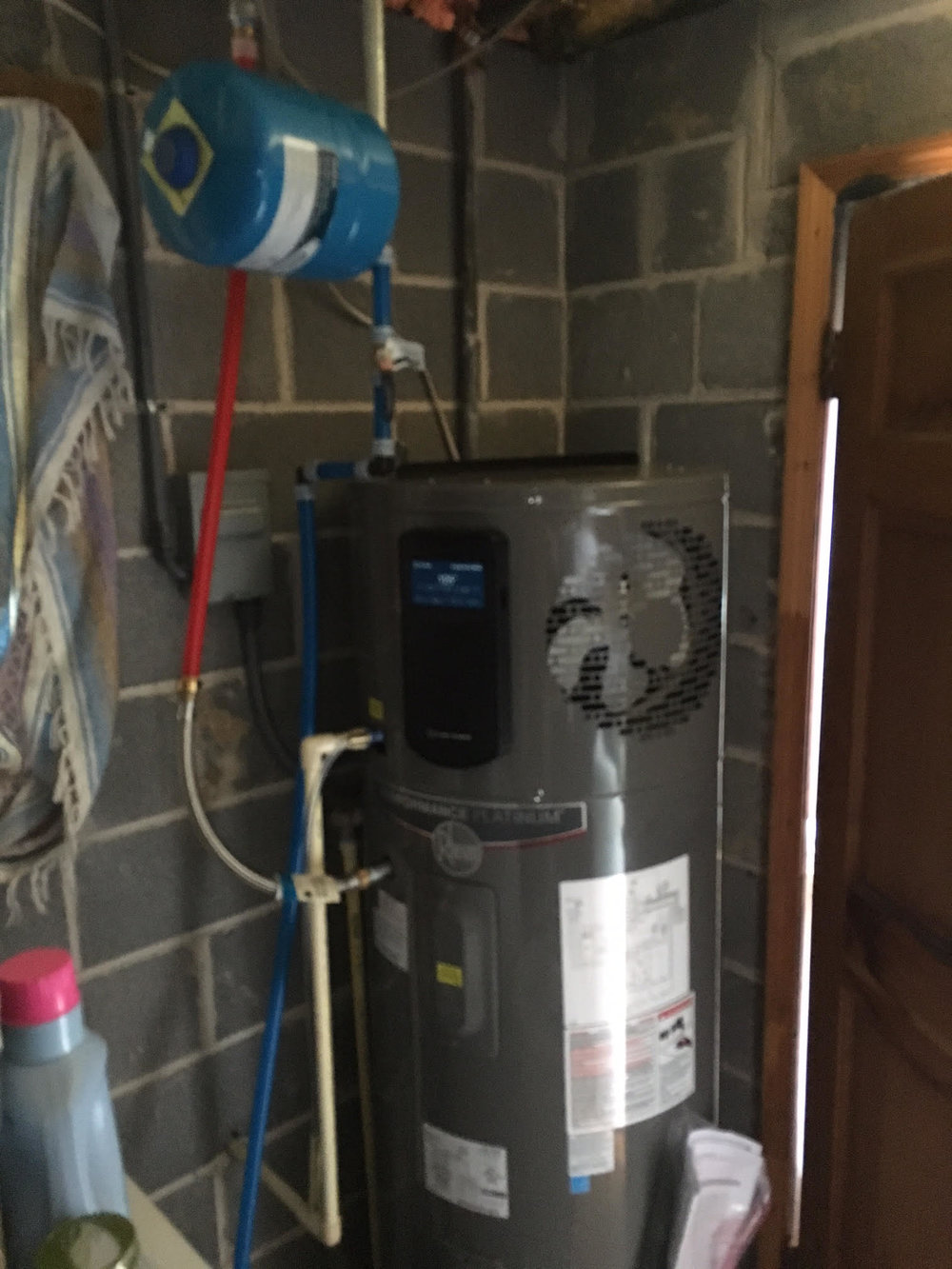 water heater heat pump with expansion tank