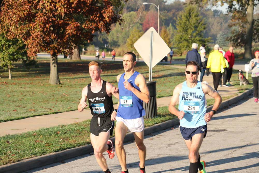 More than 1,000 unners participated in the 2016 Clayton 5K and half marathon.  This was the 14th year for the St. Louis Track Club and Clayton Police Dept. to team up to benefit SOMO in this annual event.  The total raised from its 2016 event was $20,713.