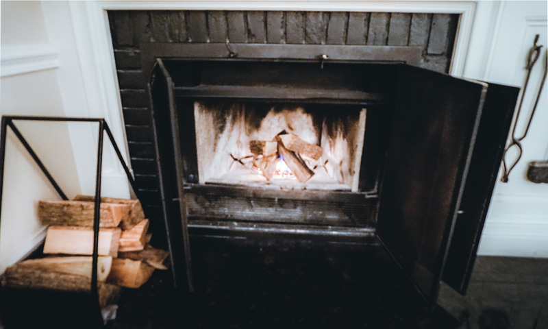 Langdon-hall-fireplace-room.jpg