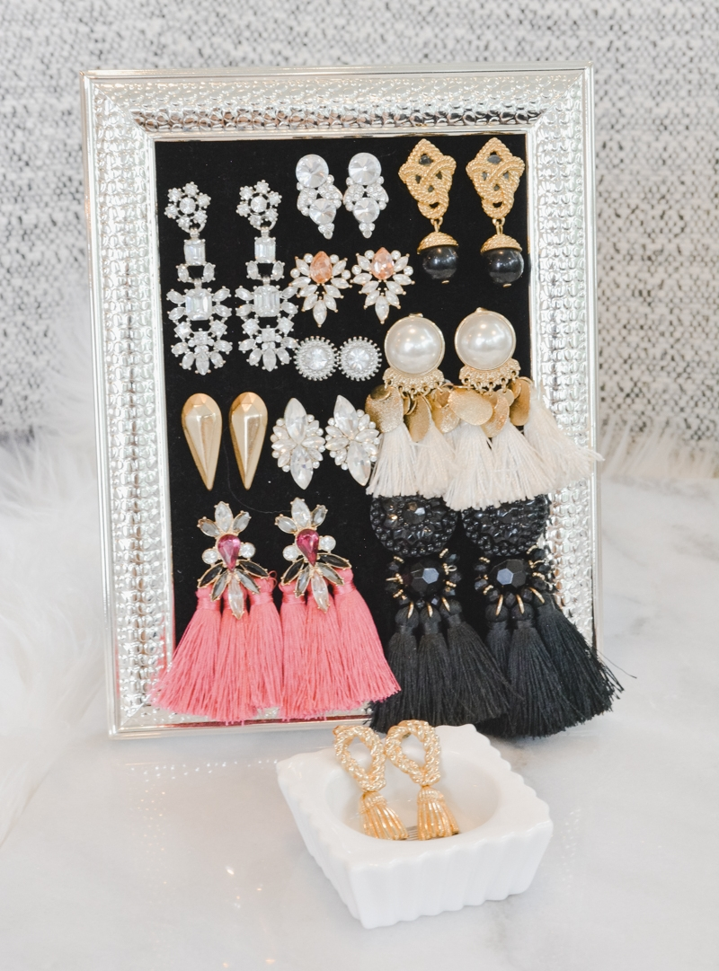 picture-frame-earring-holder.jpg