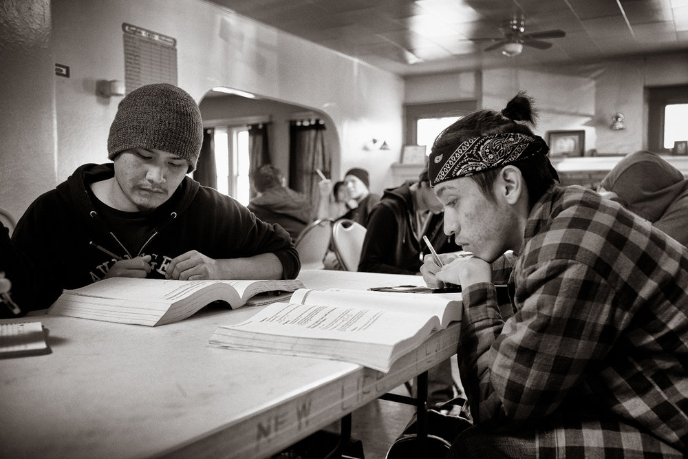 Gary Lee and Dazhavek Gould study.  Don Usner / Searchlight New Mexico.