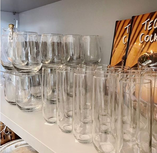 Stemless wine and champagne glasses. These unique style glasses will make your guests fall in love.
