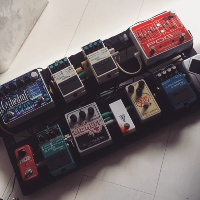 Pedalboard ready for Camden! #guitarpedals #bigmuff  #electroharmonix #pog #bosspedals