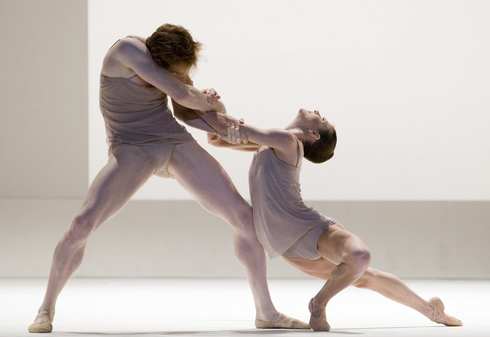 Ed Watson and Mara Galeazzi (Royal Ballet) in Wayne McGregor's 'Chroma'