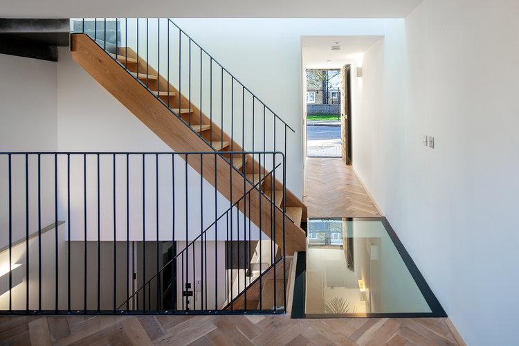 Polska projektantka zmieniła 45-metrowy garaż w ogromny apartament