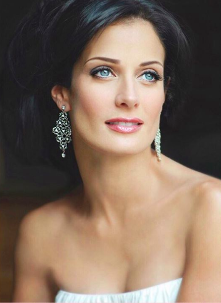 Former 1993 Miss Universe, Dayanara Torres