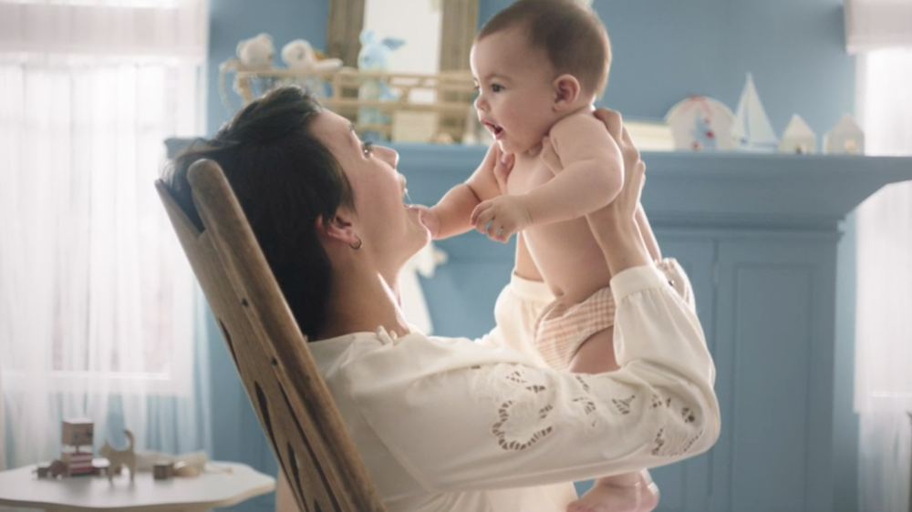 ENFAMIL  Enspire Moments