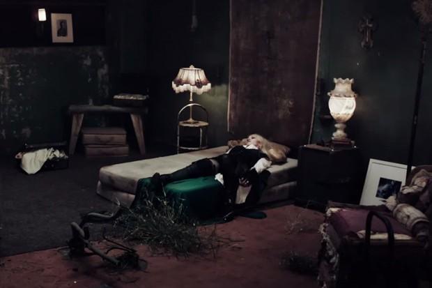 emmafairley-madonna-ghosttown3.jpg