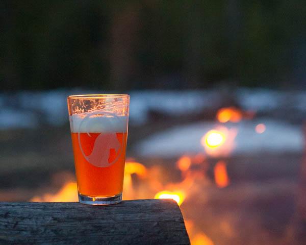 WHY IS BRETT SO PALE<strong>Brett Pale Ale | 5.8% IBU 40</strong>
