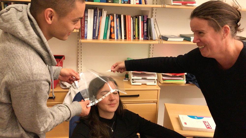 Exploring possible scenarios with a nurse teacher.