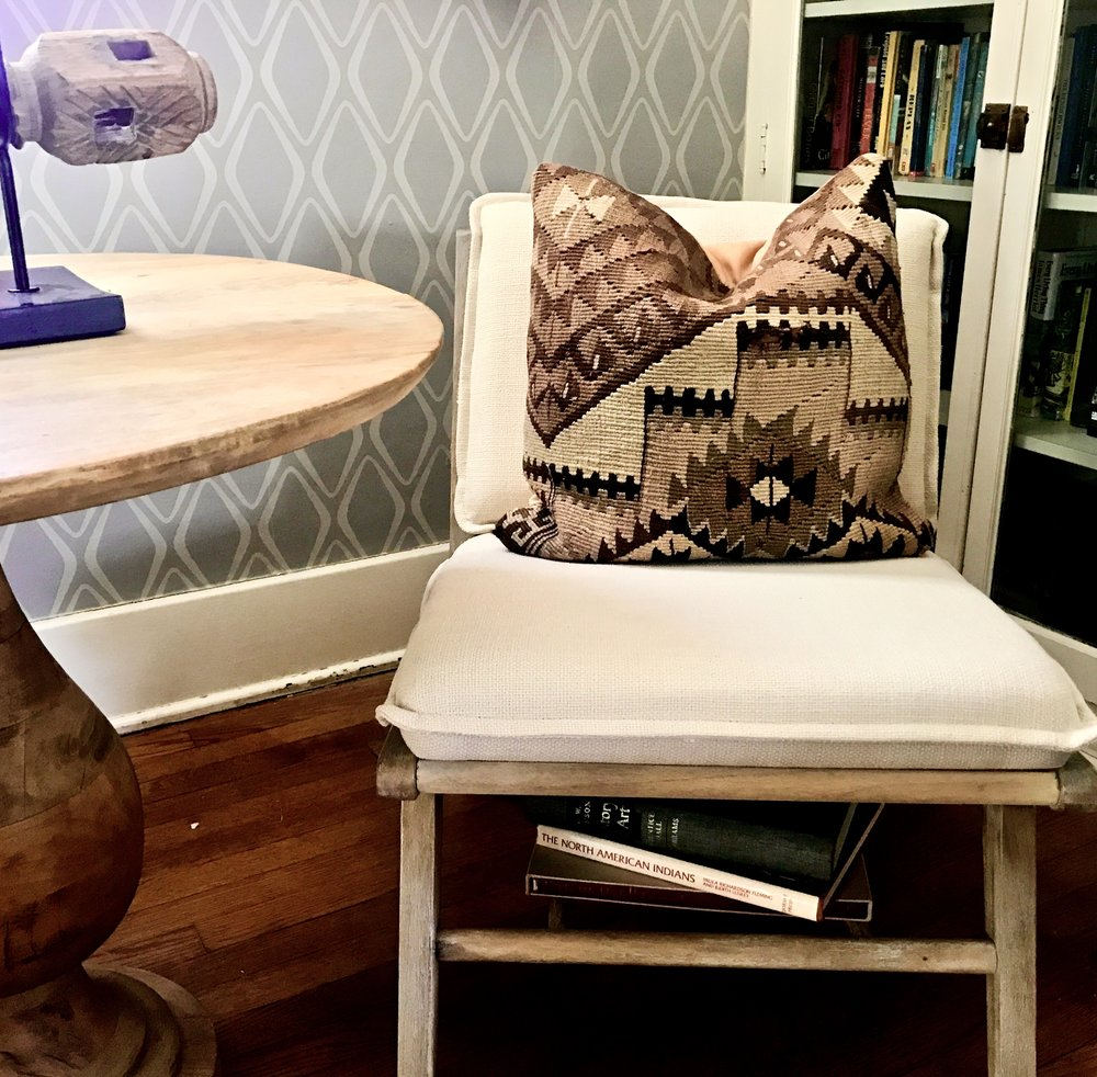 Target mid century chair!   www.cardiocoffeeandkale.com
