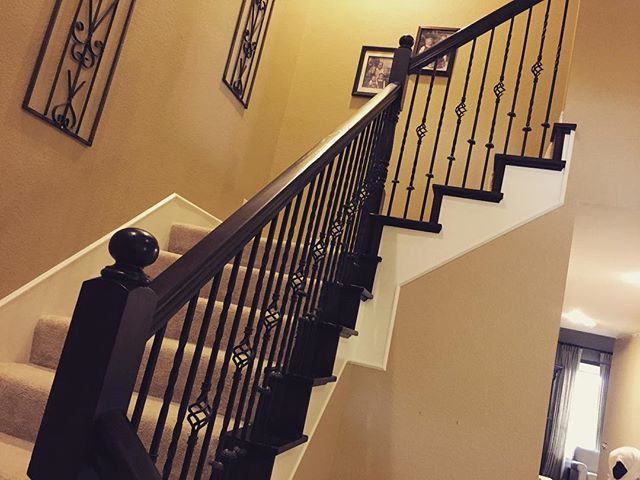 Raise your hand if you love espresso! ☕️Stain- that is 😀 We refinished this stairway in a rich brown. . . . #darlingmovement #interiordecorating #interiorstyle #showmeyourstyle #furnituremakeover #furnitureflip #recycledfinds #chalkpaint #paint #furniture #restoredfurniture #vintagefurniture #makersmovement #bespoke #bloggerstyle  #wanderlust #minimal #kinfolk #anthropology #shopsmall #lifestyle