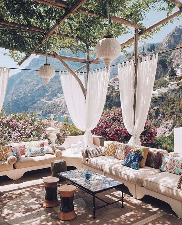 Dreaming of spending the weekend here 💕