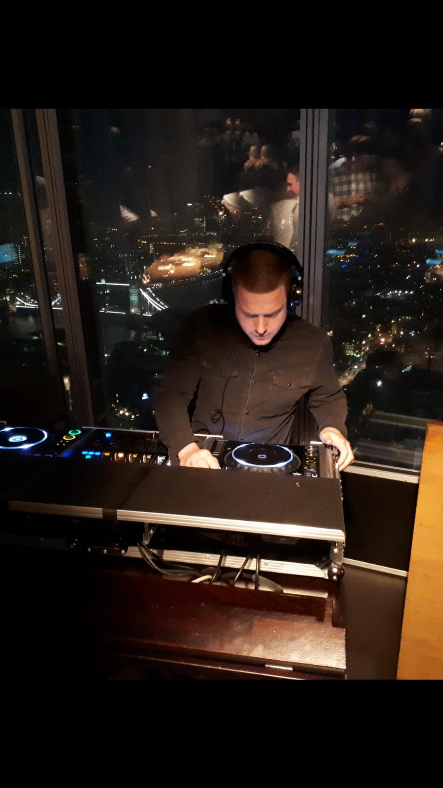 Oblix Lounge, 35th floor @ the Shard, London.