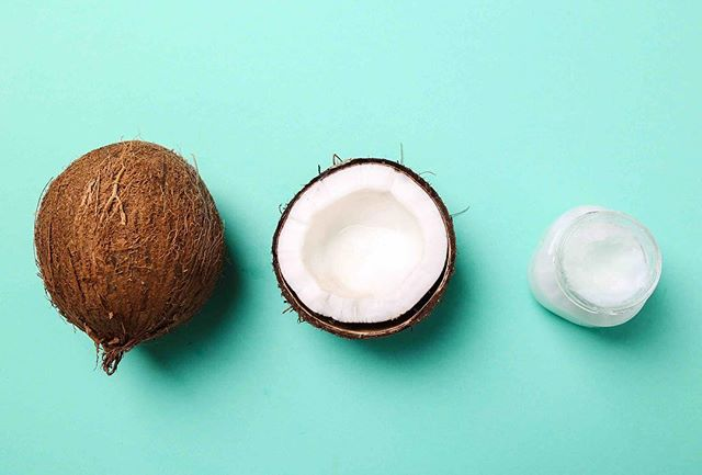 Holy coconut oil! Did you know coconut oil helps to prevent heart disease and high blood pressure? It also gives you an immune system boost and improves memory and brain function. Add some Coconut Karma to your daily routine! 🥥