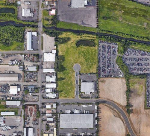 Portland, OR - +/- 101,325 SF