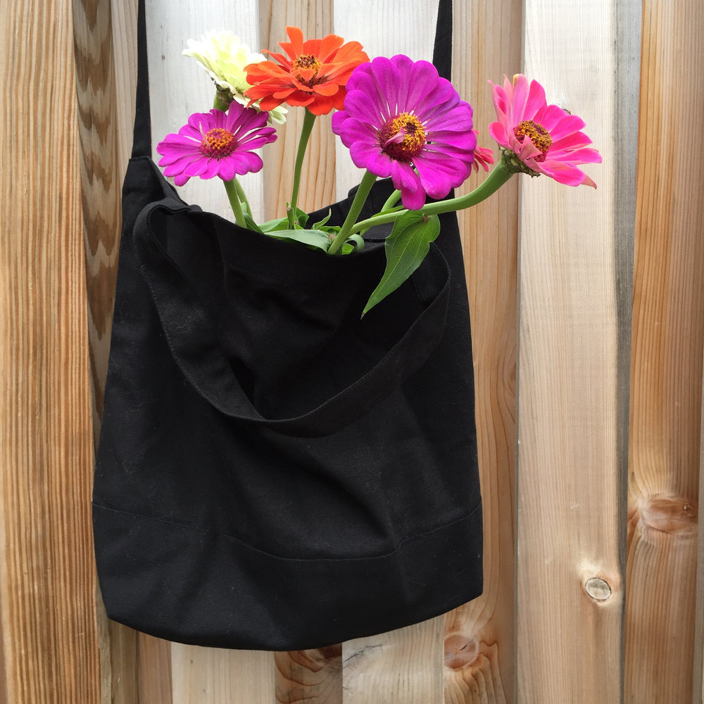 COTTON AND DENIM BAGS & TOTES