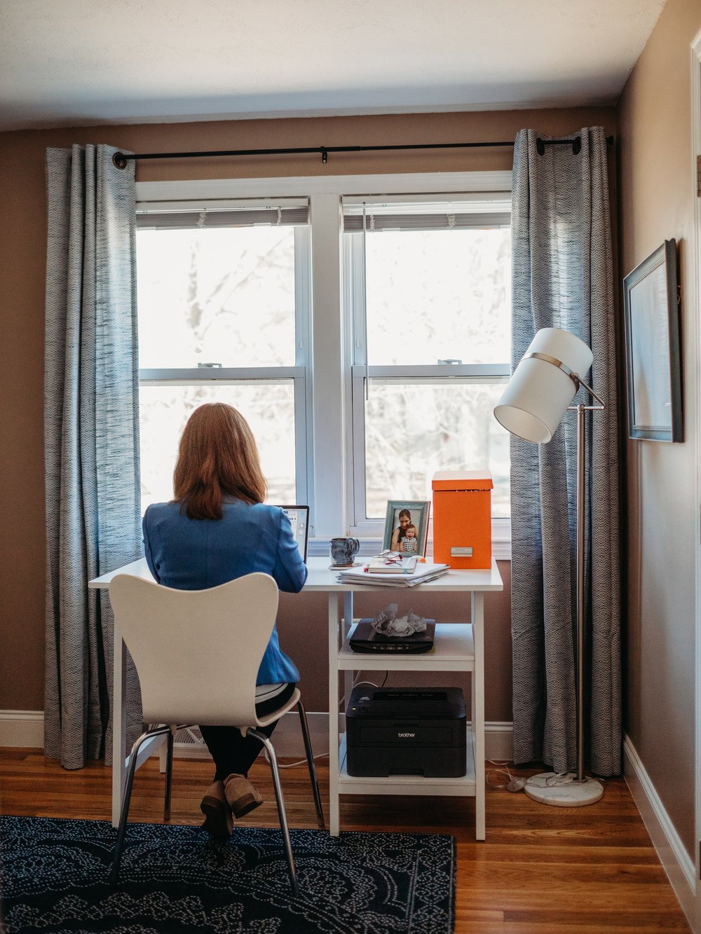 Writer+working+at+desk