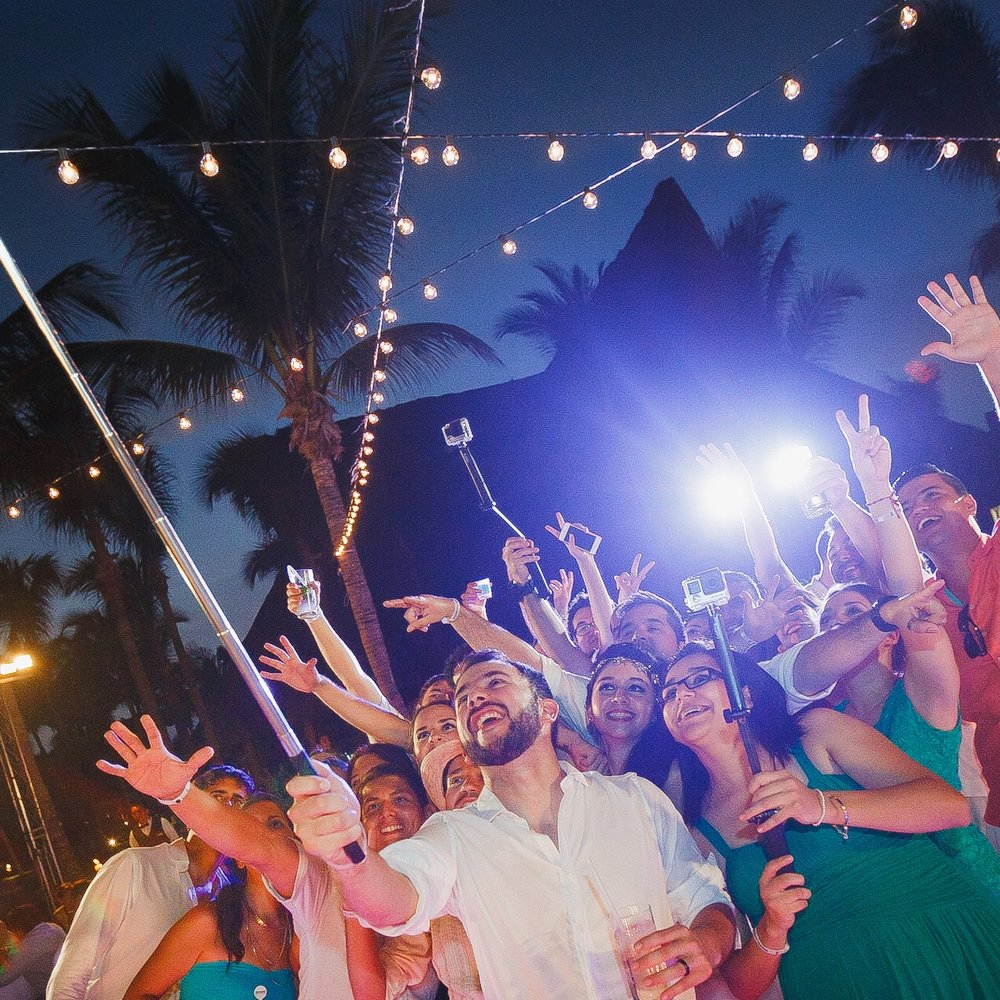 luces-playa-barcelo-selfie.jpg
