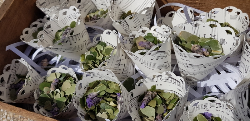 Gemma's ecofetti: eucalypt hearts mixed with lavender wrapped in the music she walked the aisle!