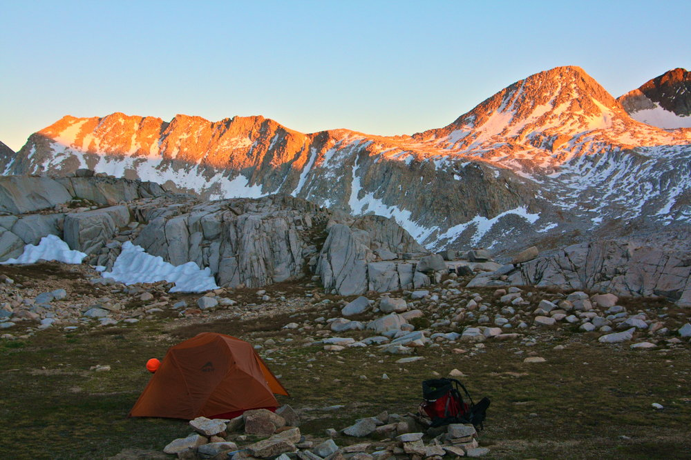 Alpenglow on the John Muir Trail (Photo: David Hsu)