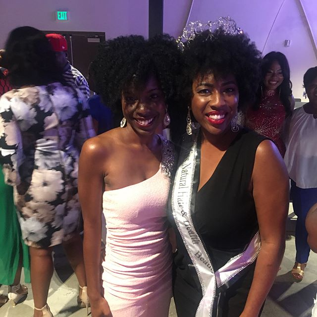 So, I finished my evening at the Miss Black US Ambassador Pageant. I had such a great time running into my fav Jamahl @stepsevents , my client Miss Black Teen US Ambassador, Ciara White-Sparks @c.whitesparks. Congratulations to @wearyourcrown101 client Shayla Washington @slaylaaa for placing 3rd Runner -Up. Also, congratulations to Wear Your Crown 101 client, Candace Johnson for an amazing performance @missblackdcusam I love pageants so much and I don't care how tired I was, I would not have missed an opportunity to see these incredible ladies shine on stage! #wearyourcrown101 #wearyourcrown #pageant #pageants #pageantqueen #pageantgoals #pageantcoach #pageantlife #queens #mbusam #missnhhe2018 #missnhhe #crown #naturalqueen #naturalhair