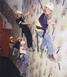 kids-climbing-002.jpg