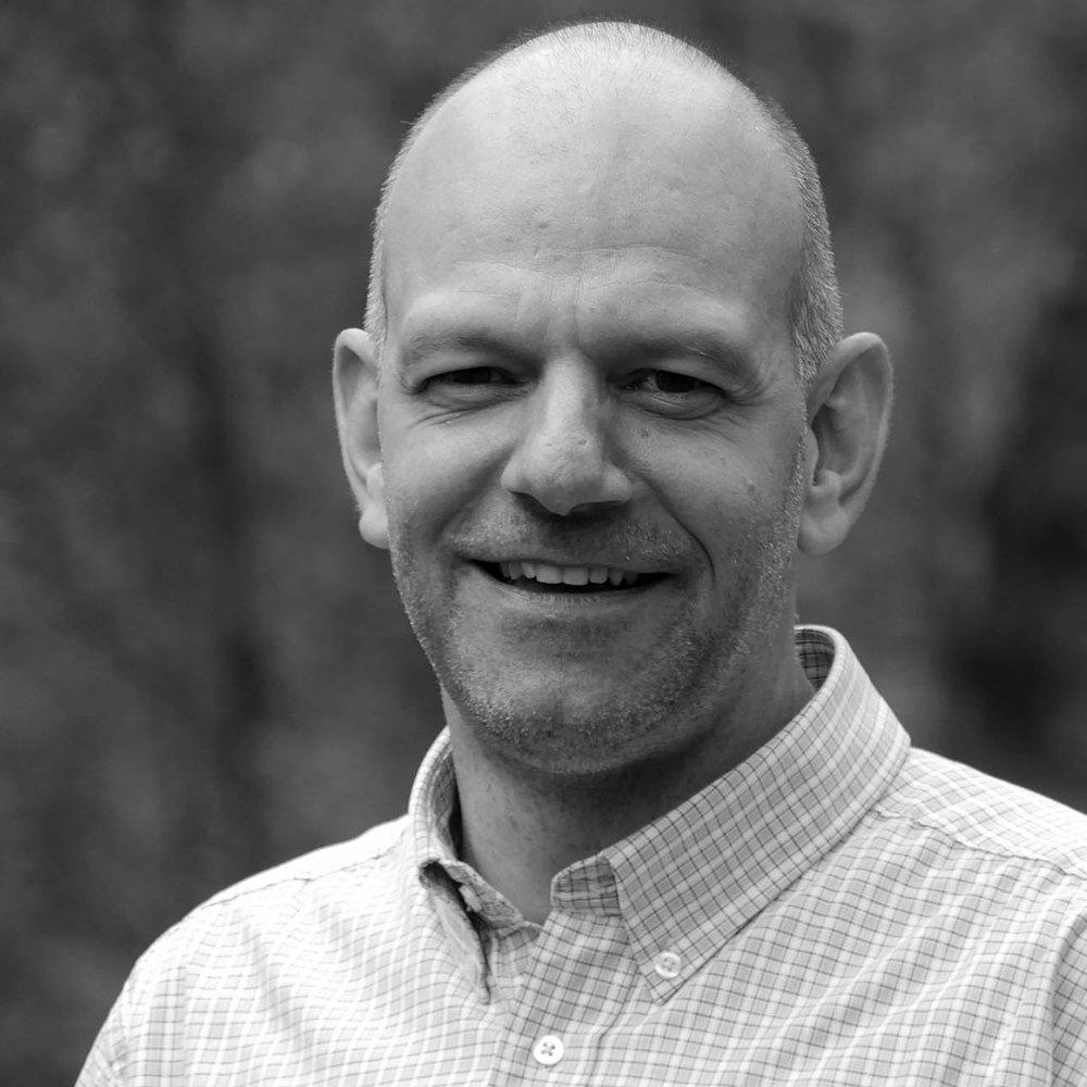 Lukas Amstutz  ist Leiter des Bildungszentrums Bienenberg. Er ist Co-Präsident der Konferenz der Mennoniten in der Schweiz