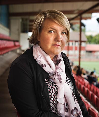 Linda Wijkström  Generalsekreterare för Elitfotboll Dam    linda@efd.se +46 7 07 680 371