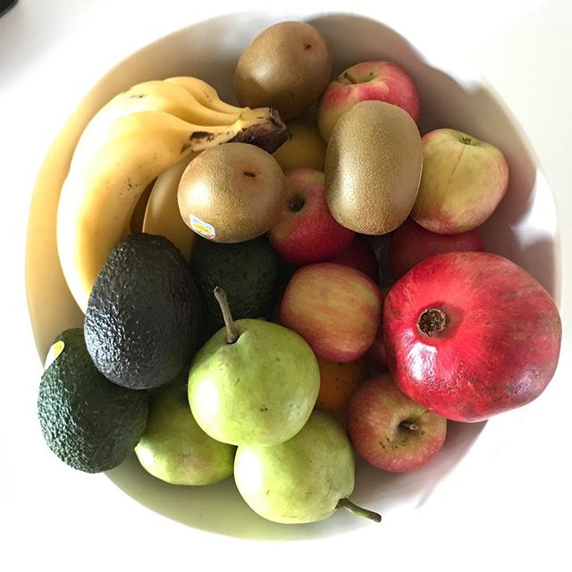 Friday fruit bowl goodness 💚 - - - - #fruitbowl #healthyfood #healthylife #thrive #carlton #getinmybelly #melbeats #fresh #fridayvibes #friyay #happiness #igersmelbourne #nomnom #jerf #realfoods #allthegoodies