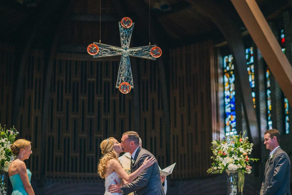 NH Wedding Photographer: you may kiss the bride