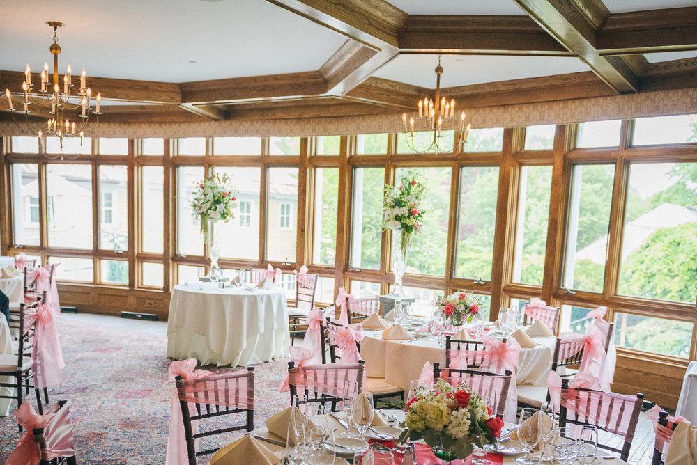 NH Wedding Photographer: reception table linens