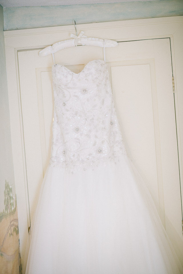NH Wedding Photography: dress on door