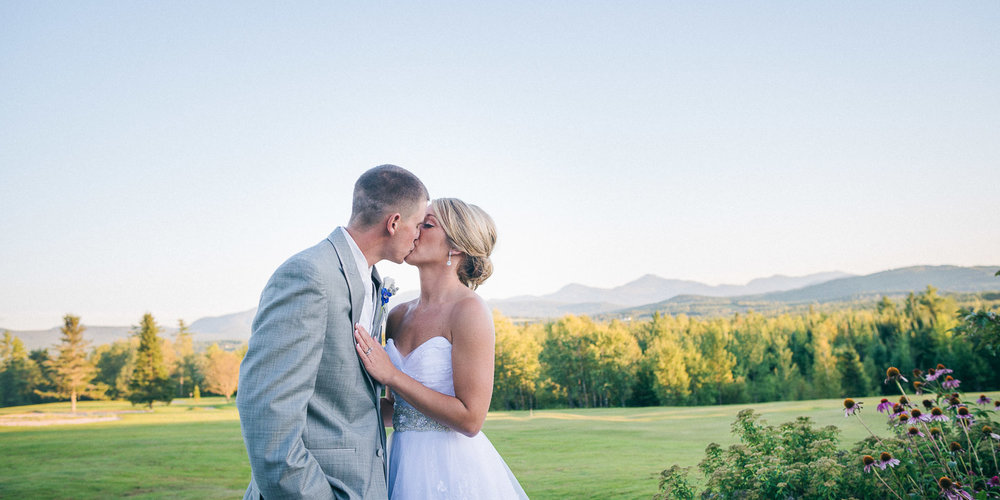 NH Wedding Photography: couple kissing