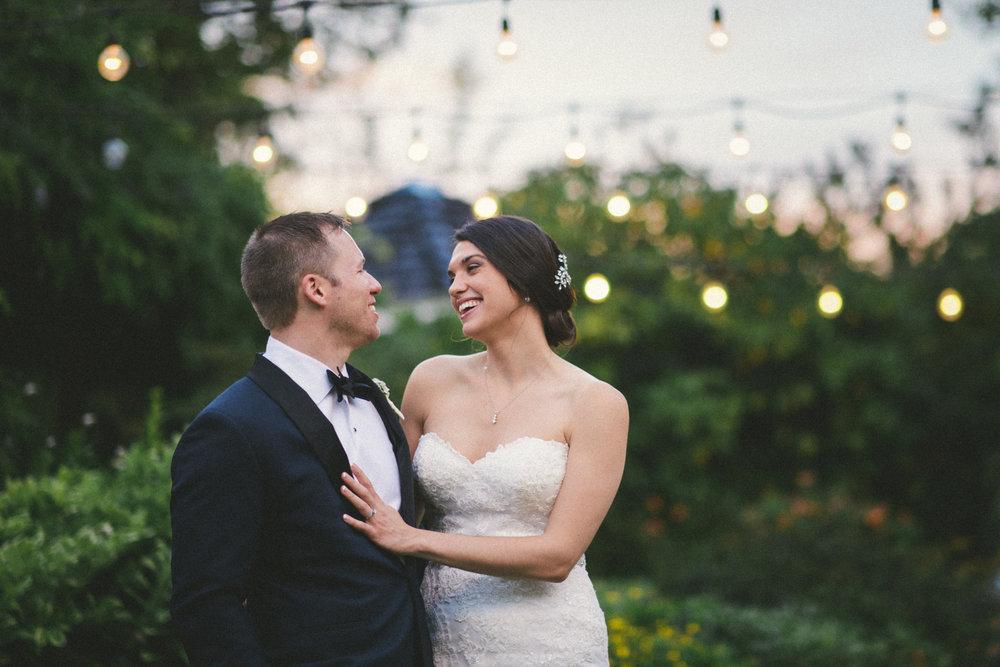 NH Wedding Photographer: Bedford Village Inn