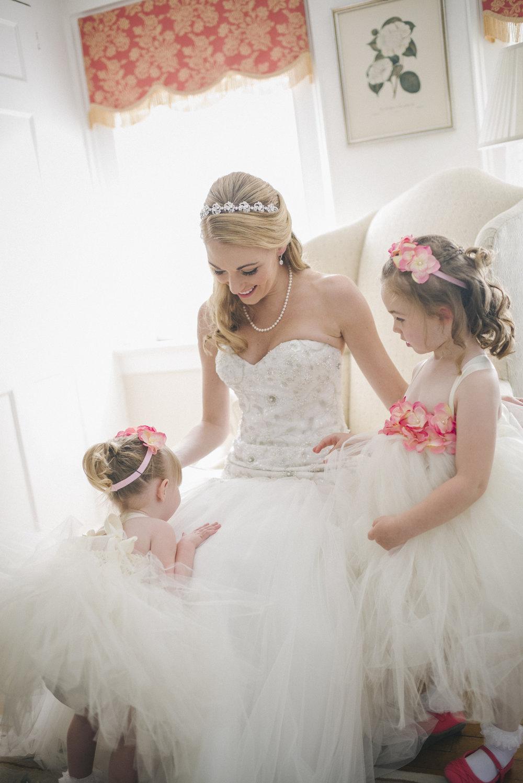 NH Wedding Photographer: Bedford Village Inn getting ready