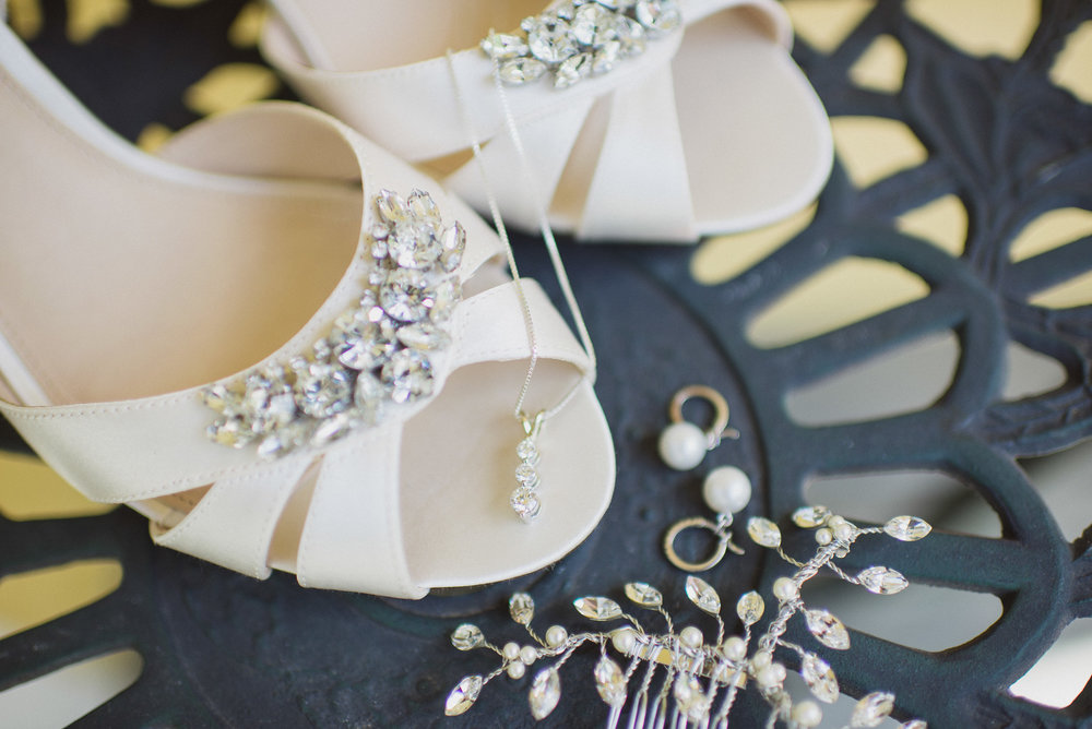 NH Wedding Photography: bride details