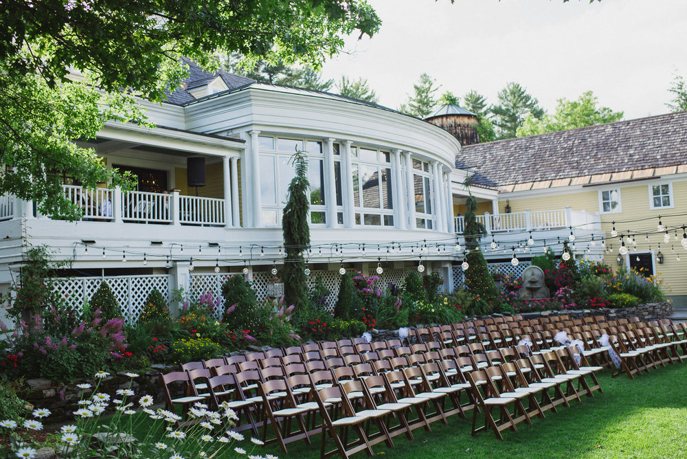 NH Wedding Photography: ceremony site Bedford