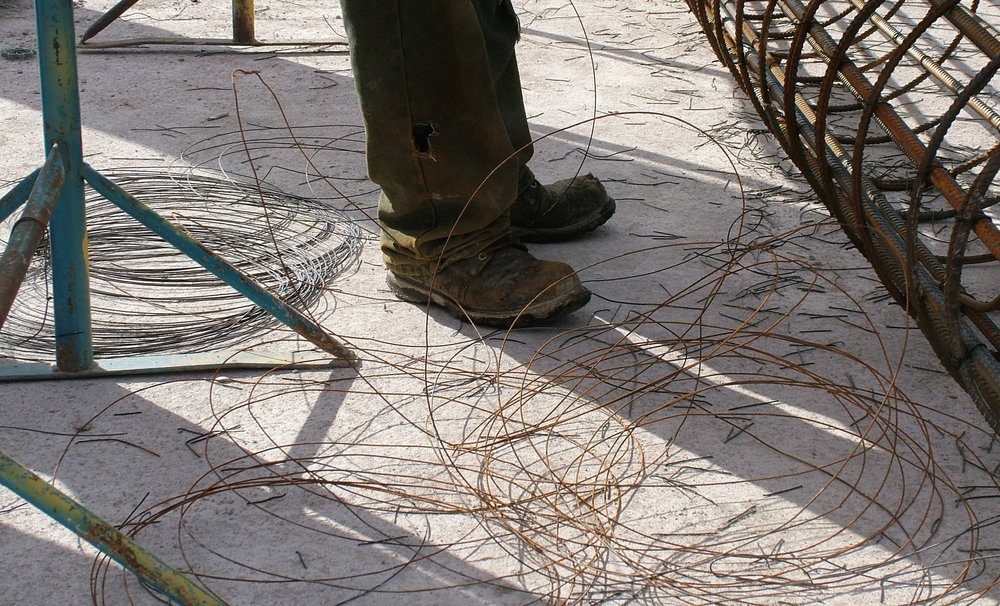Tying-wire-waste.jpg
