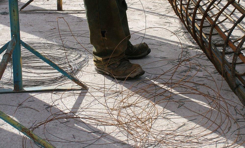 Tying-wire-waste.jpg