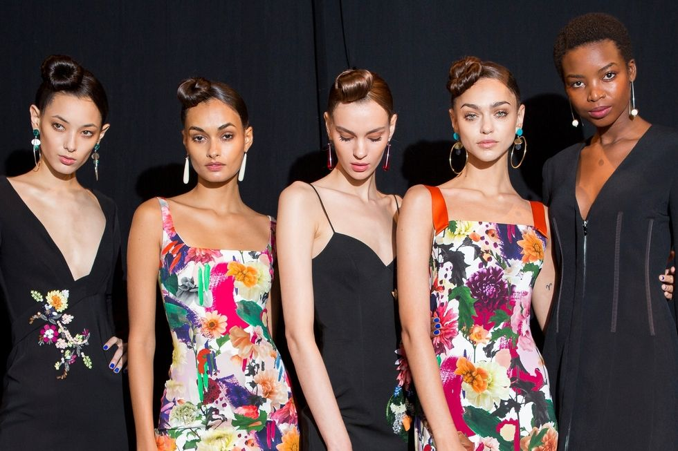 Cushnie Et Ochs: Hairline Kissing Top Knot