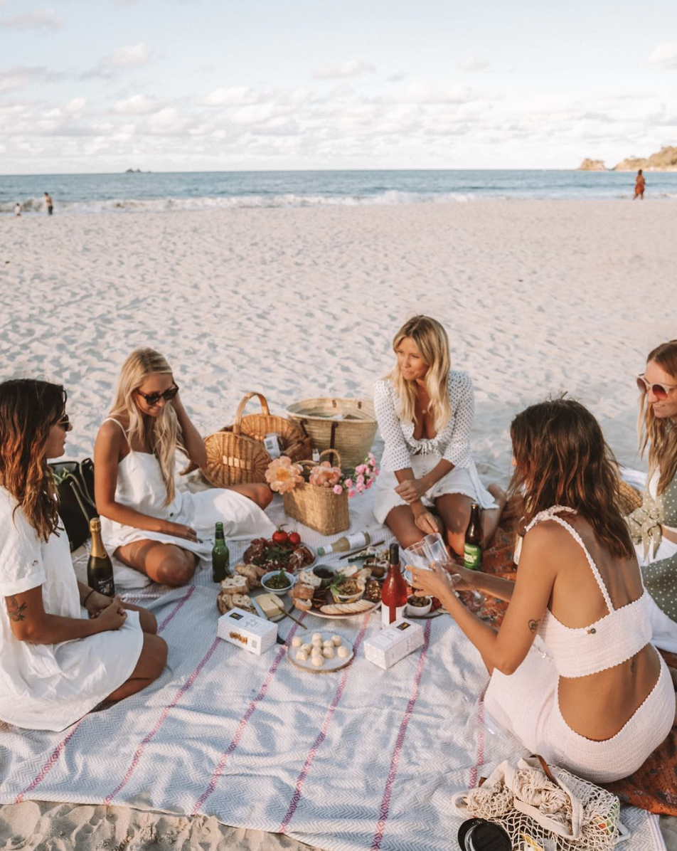 4.     Take more picnics with the ones you love. You can maintain strong relationships with your close ones and enjoy an afternoon of relaxation