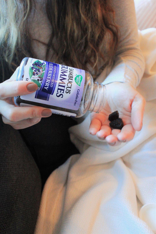 Sambucus Gummies to fight a cold