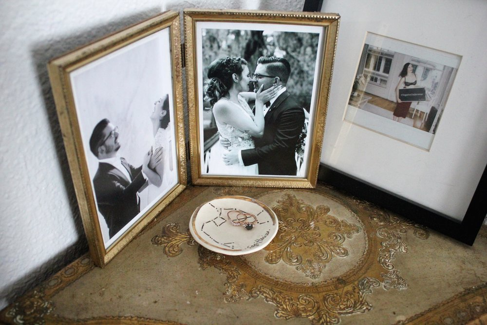 Married Couple Bedroom Decor via Que Sera Sahra