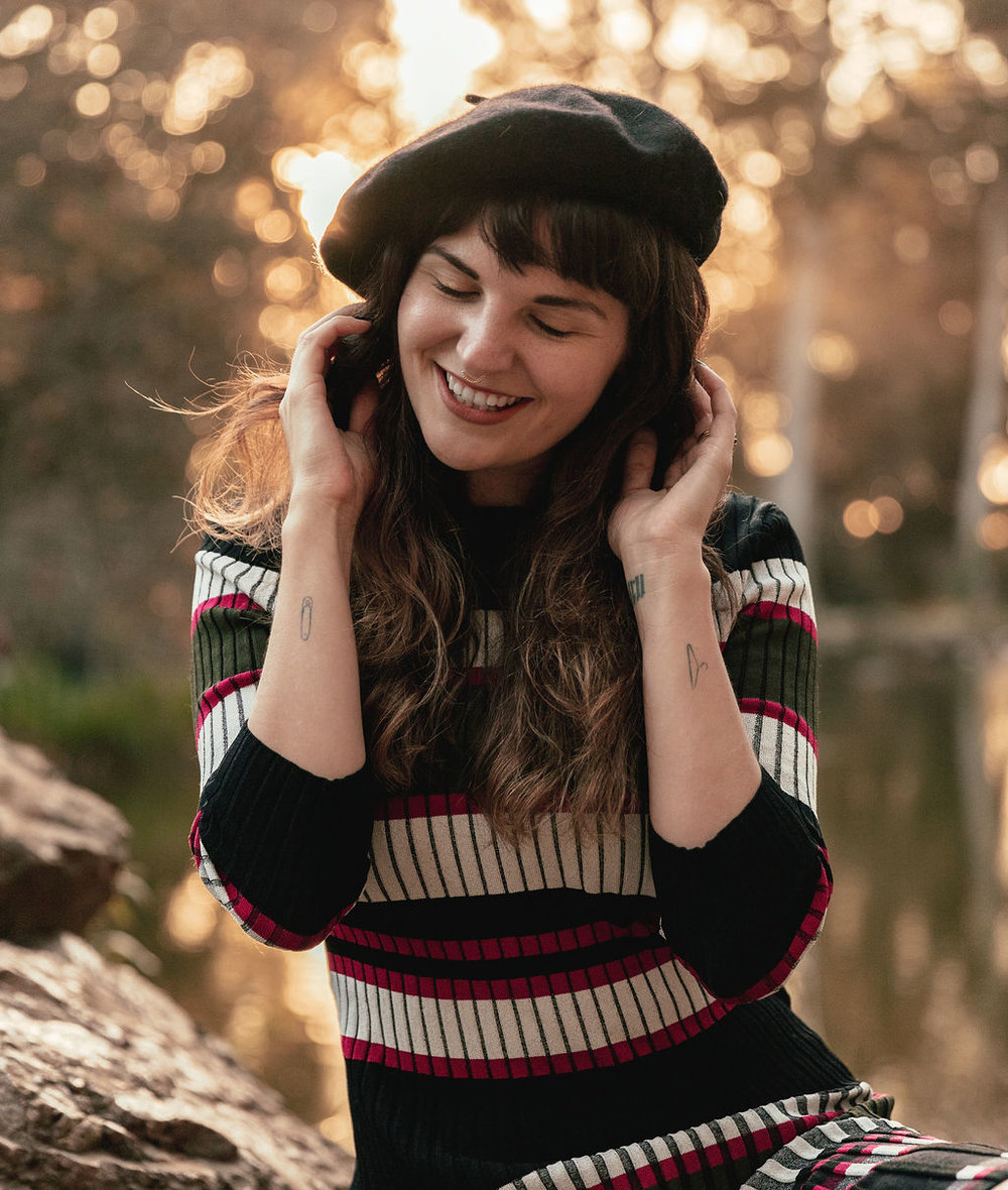 Cute Fall Style with French Beret hat on Que Sera Sahra