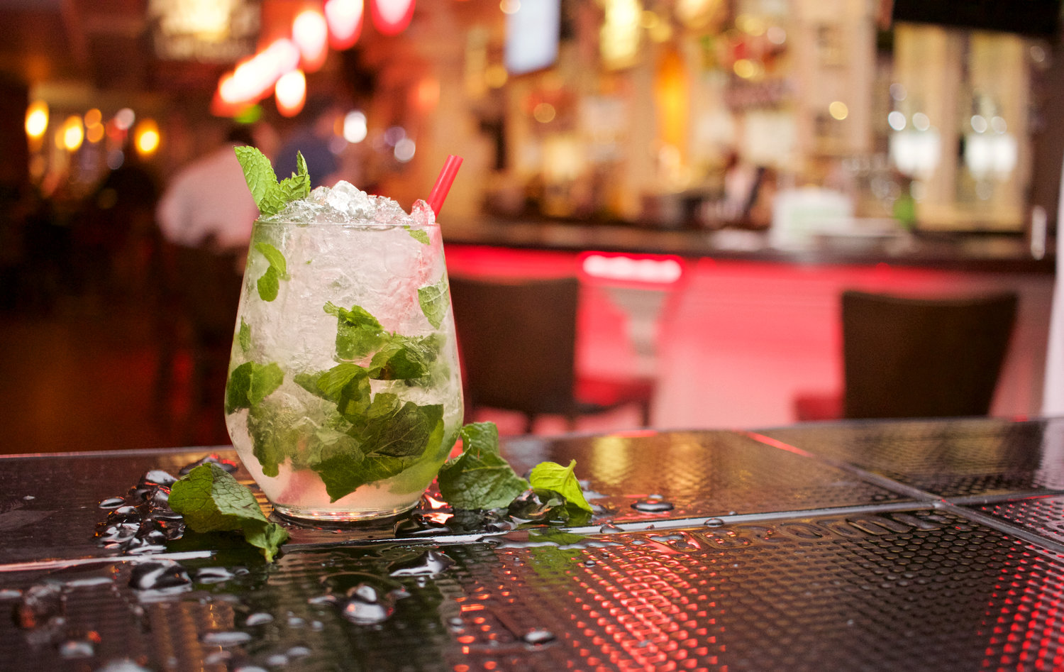 Happy Hour Saigon: Top 5 Bars to Head to This Week