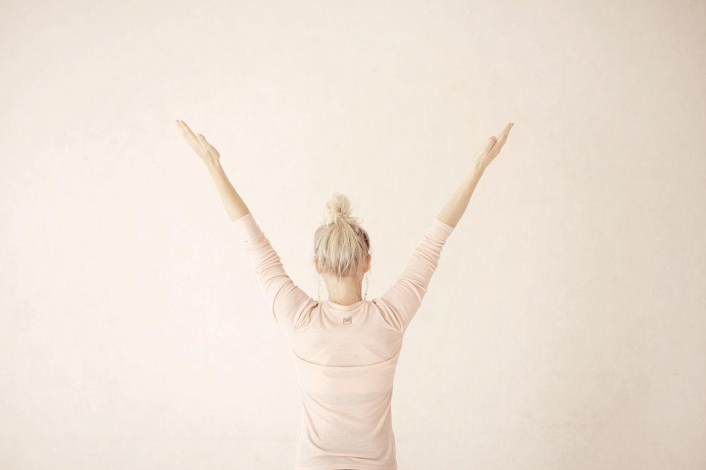 Kaisa Kärkkäinen, jooga, joogaopettaja, joogaopettajakoulutus, heartful yoga teacher training
